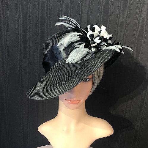 Black and white pinwheel Ingrid