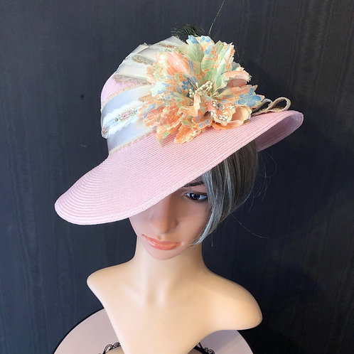 Pale Pink Straw Ingrid with French Floral