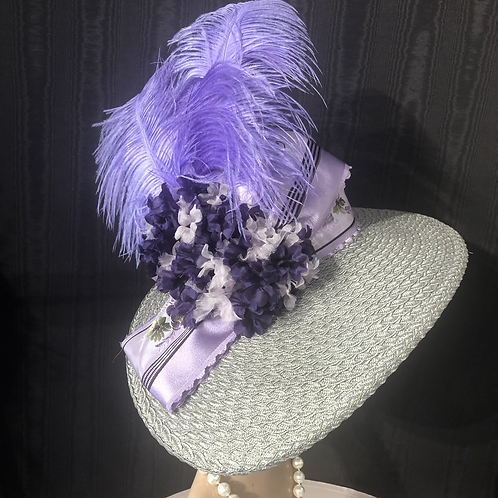 Silver braid straw Bonnet with the lilac