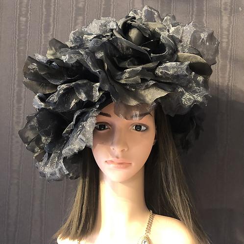 Black Roses Felt Fifi