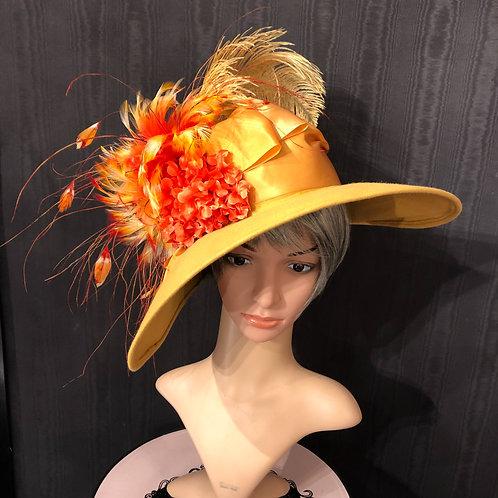 Pumpkin Felt Bonnet