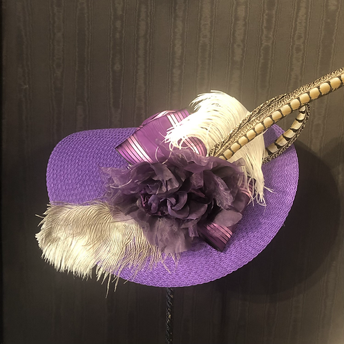 Royal purple straw 7 inch with feathers
