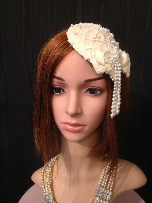 Beaded lace mini teardrop fascinator