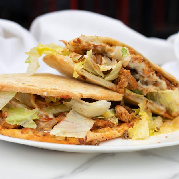 Makloub chicken