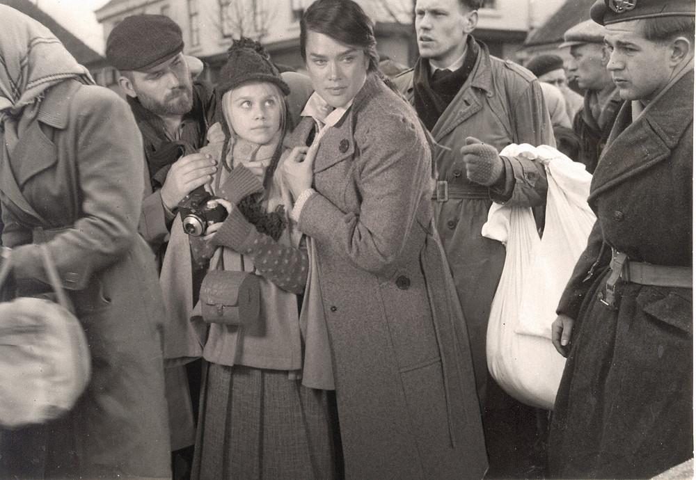 Archiefmontage met Rienus Krul, Madelief Broos en Marije Loermans als de familie Visser
