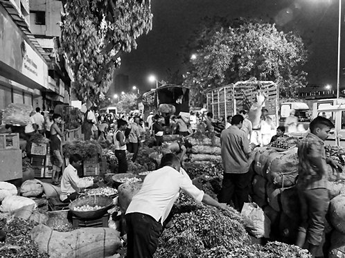 Lively Market II
