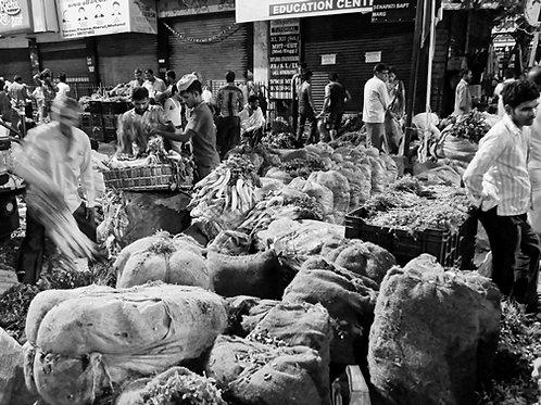 Lively Market I