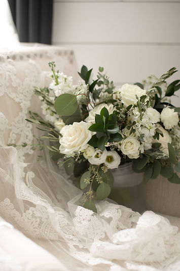 LeightonEby_Wedding_Details-5.jpg