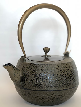Cast-Iron Tea Kettle, Olive