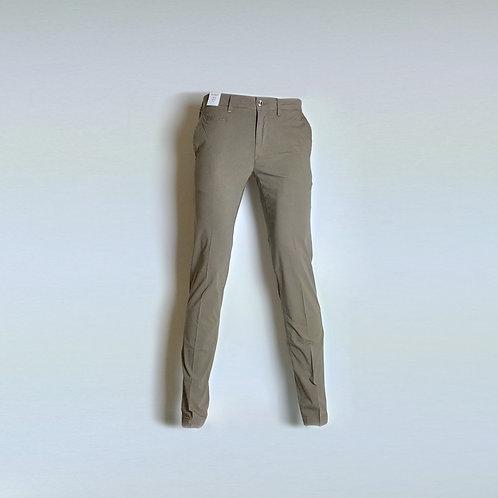 RE-HASH Pantalone chinos in popeline elasticizzato
