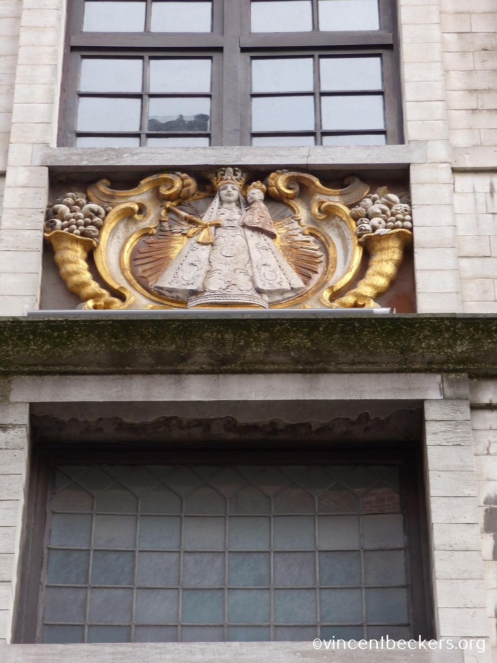 Vincent Beckers, Grand-Place Bruxelles, Vierge à l'enfant