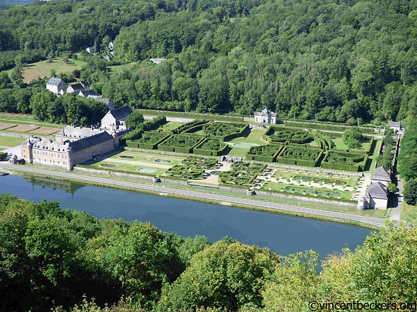 Freyr, visite Freyr, visite guidée Freyr, Walonie tourisme, visite Walonie, visite guidée, tourisme vallée Meuse, château Freyr Meuse