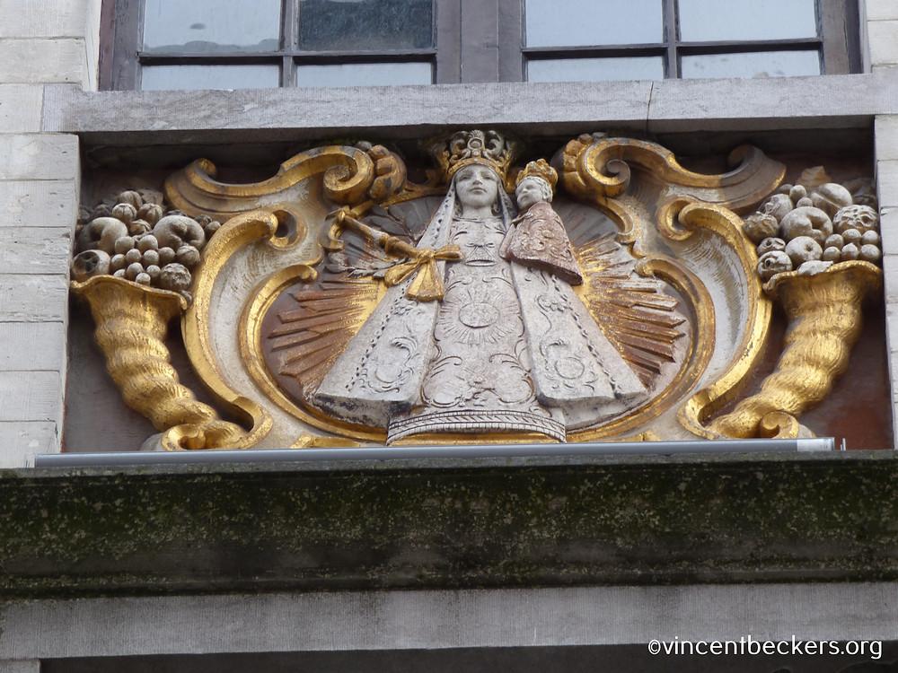 Vincent Beckers, Vierge à l'enfant, Grand-Place, Bruxelles, visite guidée