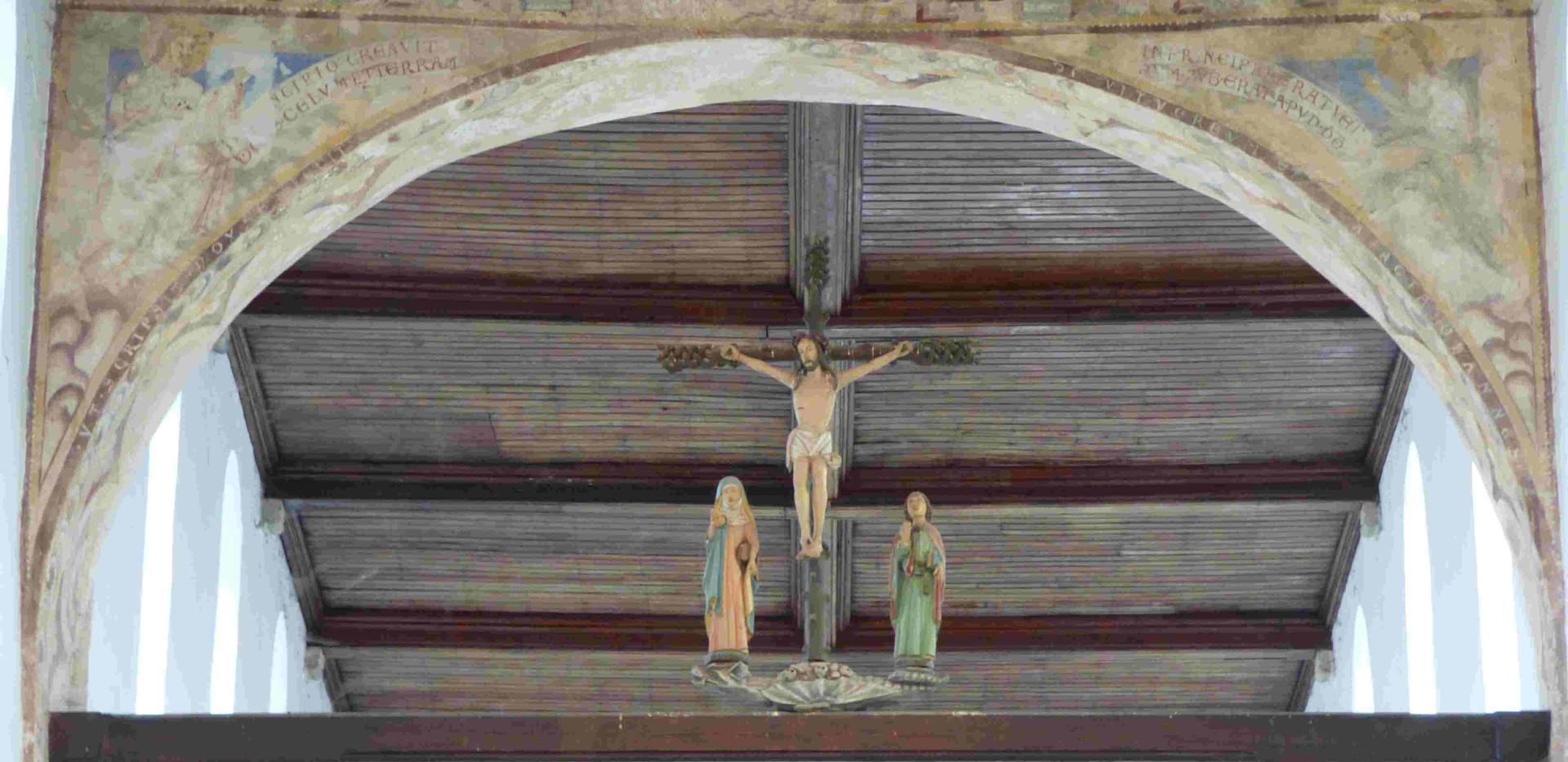 Une curieuse, vraiment curieuse scène de la crucifixion à Hastière