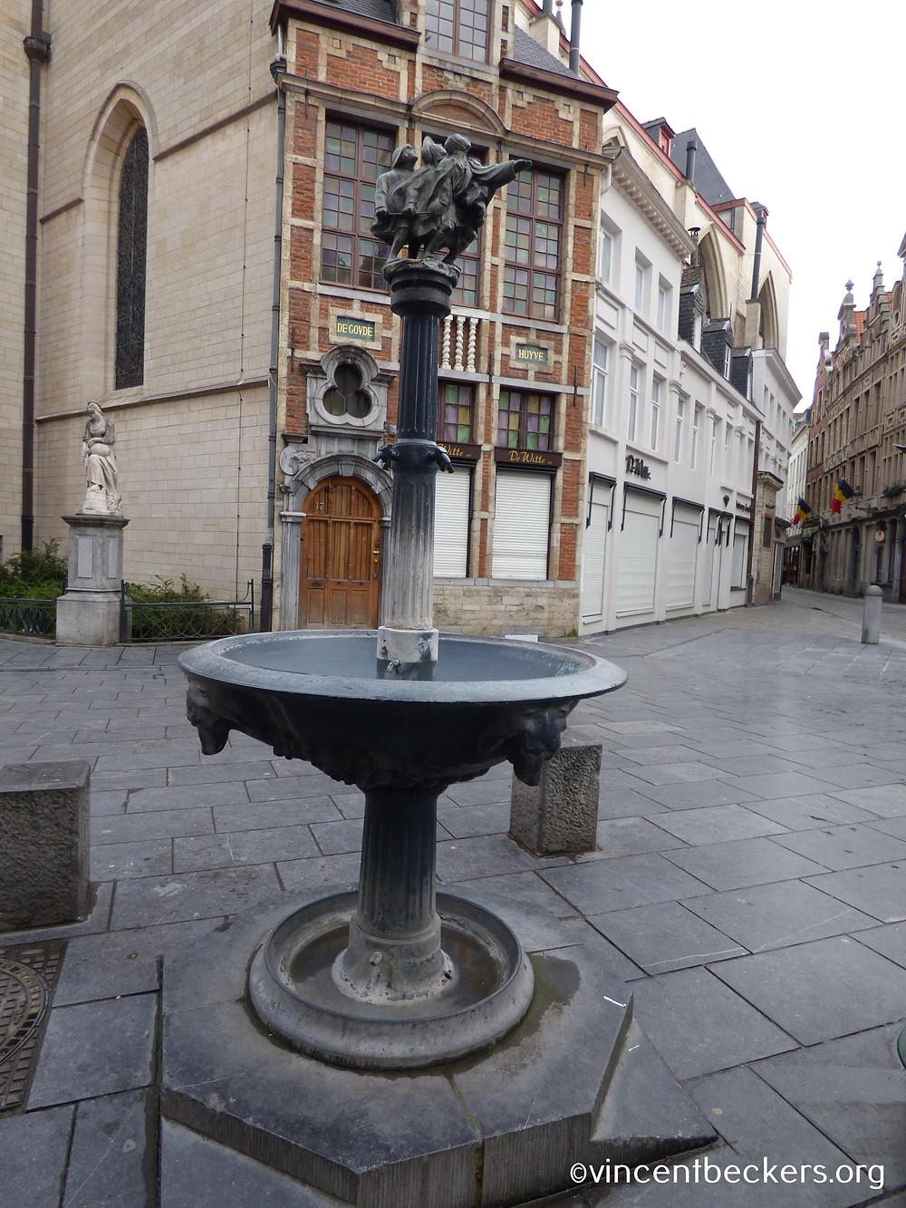 Fontaine Wallace, Grand-Place de Bruxelles, Vincent Beckers, visite guidée
