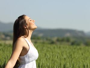 לחץ? חרדה? סטרס? שני תרגילי נשימה שיעזרו לכם להירגע