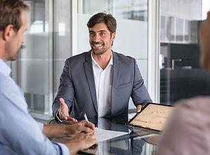 financial-advisor-consulting-SWXEWU8.jpg