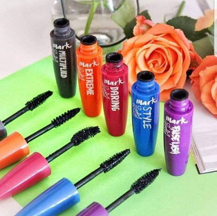 12 Types of Mascara Wands and What They Do