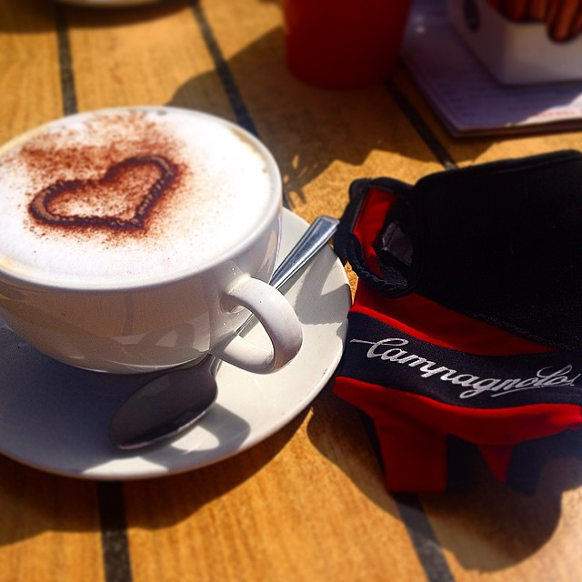 Well deserved mocha in Cobham #cycling #mocha #campagnolo #ridelots