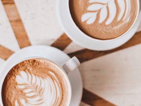 7 AYURVEDISCHE EYE-OPENERS VOOR COFFEE LOVERS