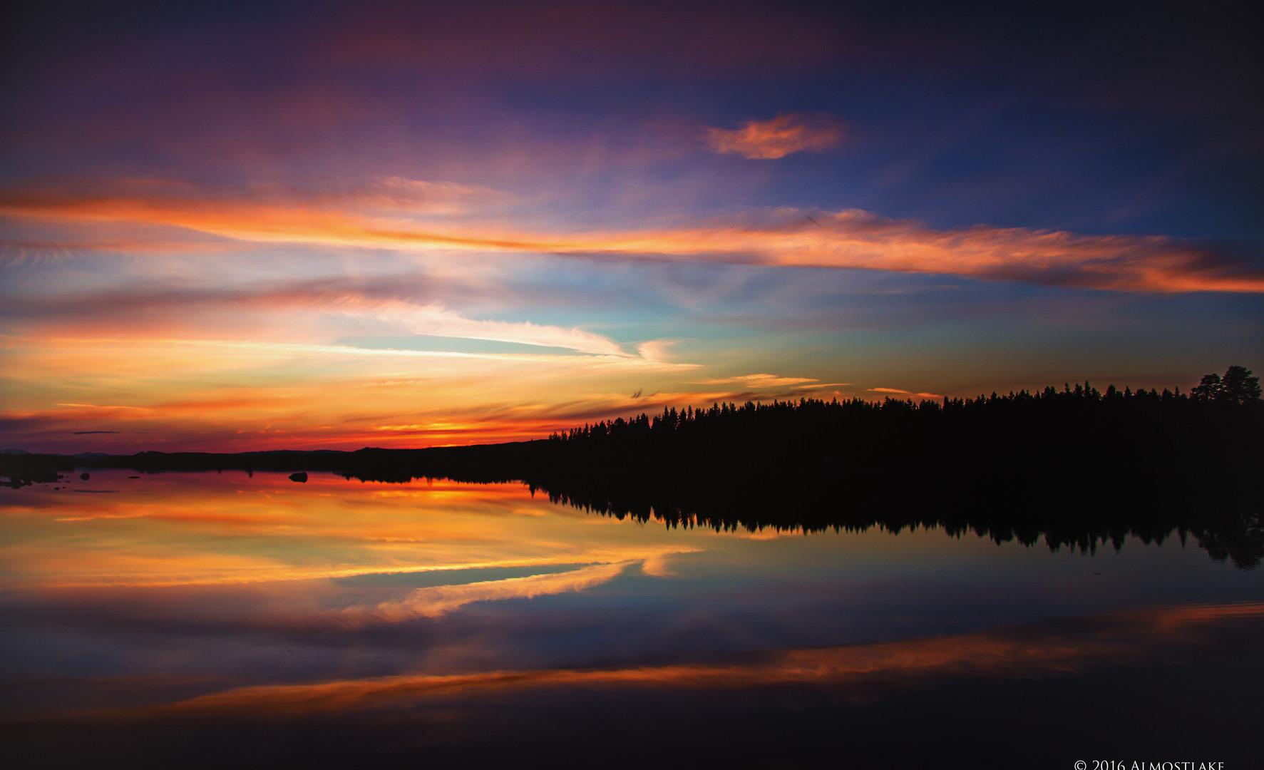 Strålande solnedgång sign.jpg