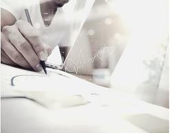 Coneixement del marc normatiu sobre protecció de dades, a la llum de la publicació i entrada en funcionament del reglament comunitari així com de la Llei Orgànica 3/2018. | Analitzar la confidencialitat en l'àmbit sanitari de la normativa d'aplicació actual. | Analitzar les obligacions que la llei estableix, així com les responsabilitats existents pel seu incompliment. | Analitzar de les garanties digitals establertes per la nova Llei Orgànica.