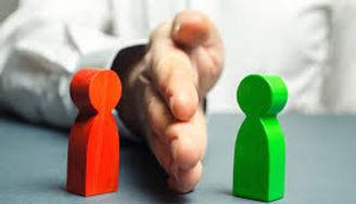 Adquirir formació per tal d'evitar i, si cal, actuar en situacions de crisi. | Assolir els coneixements i habilitats en el maneig de situacions de conflicte amb els usuaris, tan pel que fa a la contenció d'agressions verbals com físiques.