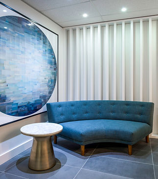 New commercial office fitout for an office in North Sydney, Sydney, and was built by Orishon Projects. This is the waiting area.