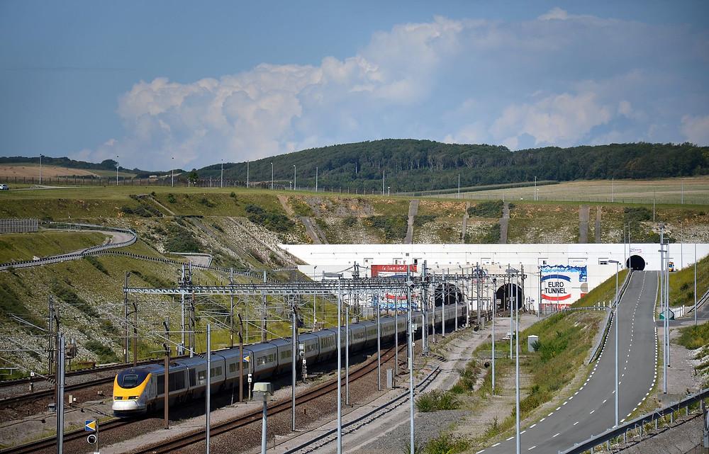 Le tunnel sous la Manche et l'Eurostar fêtent leurs 25 ans.