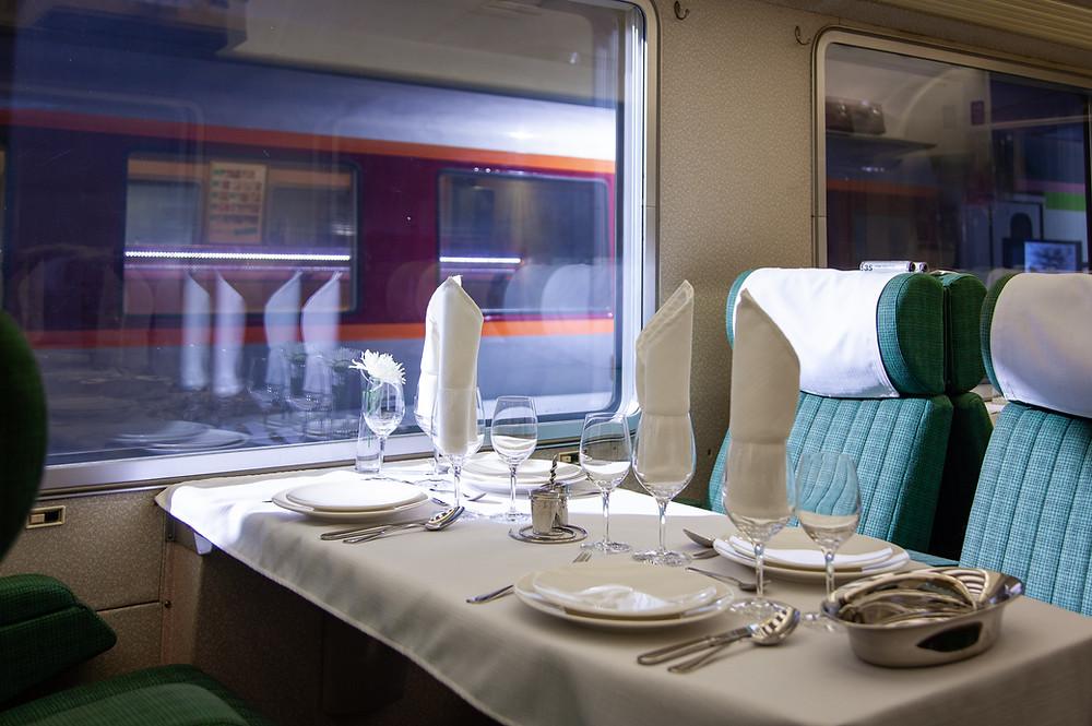 Voiture A8 tuj Inox TEE Mistral 69 | Cité du Train - Patrimoine SNCF | ©Nicolas Muguet