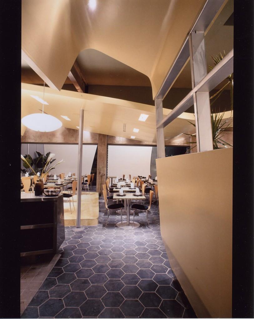 3e54b9f4e4eeedd6-diningroom.JPG