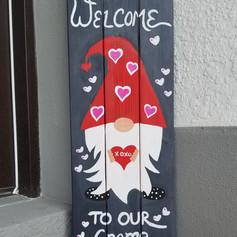 Valentine's Gnome on Wood