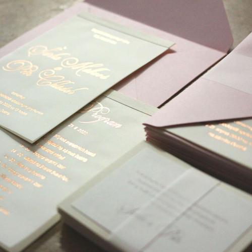 Svatební oznámení v gold rose