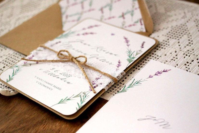 Svatební oznámení s levandulí na pudrovém podkladu, lze přidat krajku, tištěné ve stylu rustikální, vintage nebo boho