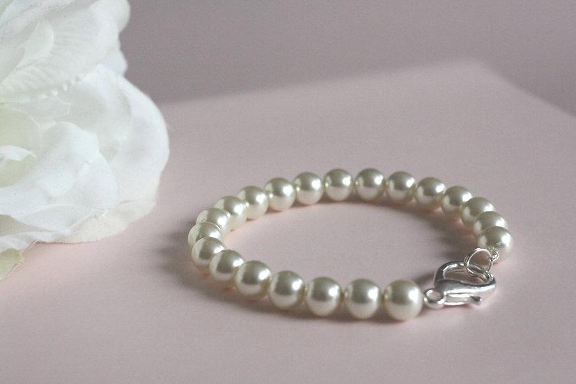 Bílé snění náramek z perel 249 Kč