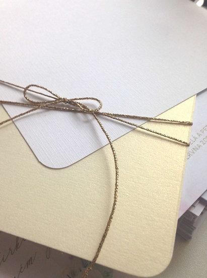 Přidat podkladový papír - zlatý + šňůrka - Gliter Champagne