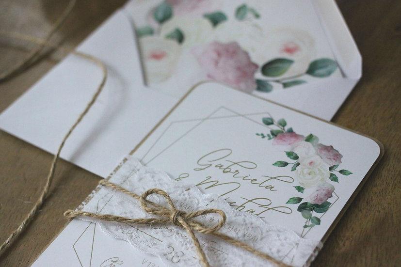 Svatební oznámení s pivoňkami geometrické bílé tištěné s krajkou, vintage, boho a rustikální