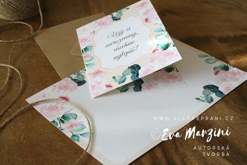 Otevírací narozeninové přání se šípkovými růžemi v meruňkové, ve stylech boho, vintage a rustical