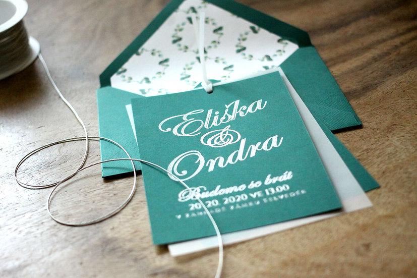 Svatební oznámení v lesní či emeraldové zelené se stříbrným písmem