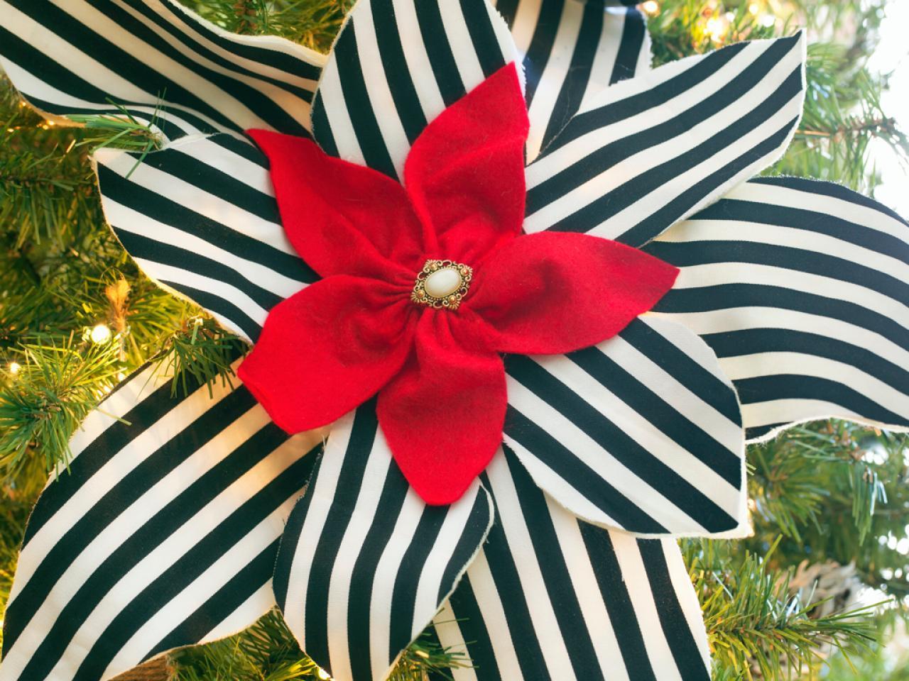 Detail elegantní vánoční ozdoby