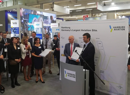 EACP and Government of Hamburg distinguish QSR and AED Portugal at the Paris Air Show 2019