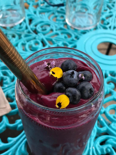 Choose from several of our carefully crafted smoothies to compliment your meal or take to go. The popular Fair Shake includes beet kvass, power greens, avocado, lime, blueberry, tumeric, reishi & chaga. Delicious and nutritious!