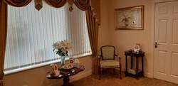family arrangement room 5