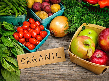 The Benefits of Organic Foods and Free-Range Meats