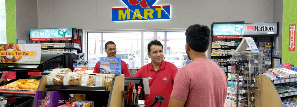 Qmart-Store-Convenience-Store-Customer.j