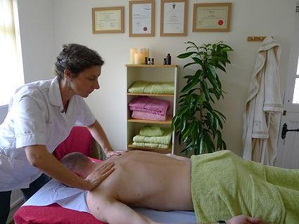 massage horizontal.jpg
