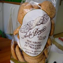 Macarons aux amandes de Provence