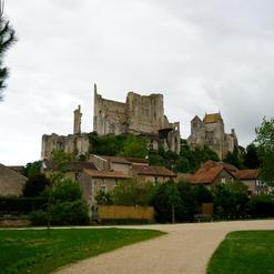 Les ruines du château baronnial