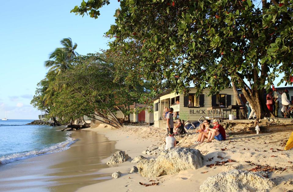 0760-beach-view-apartments-barbados.jpg