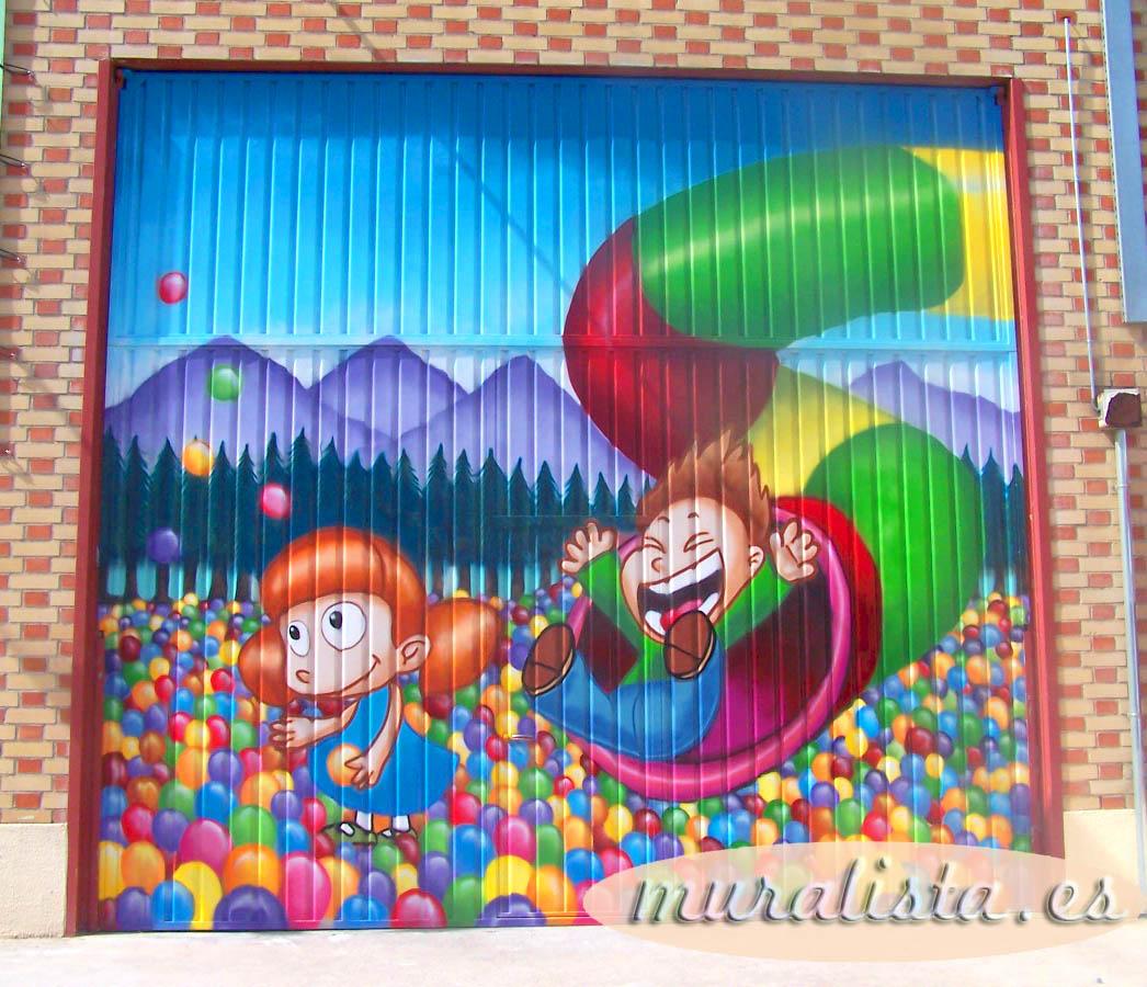 LUDOTECA GRAFFITI DECORACION FACHADA